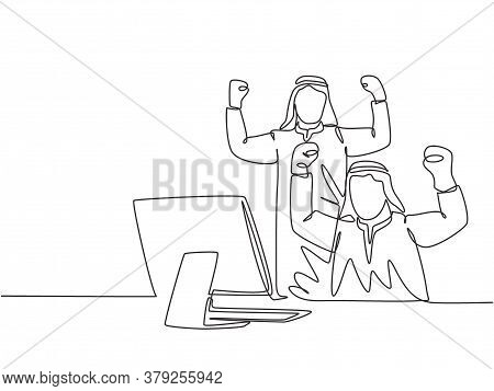 One Single Line Drawing Of Young Muslim Marketer Celebrate The Increase Product Sales. Saudi Arabian