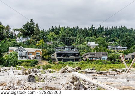 Waterfront Homes At Low Tide In Normandy Park, Washington.