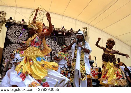 Salvador, Bahia / Brazil - August 7, 2016: Members Of The Band Ile Aiye Are Seen During A Presentati