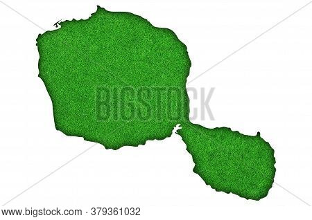 Detailed And Colorful Image Of Map Of Tahiti On Green Felt