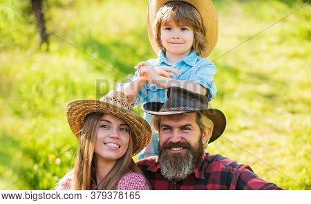 Do What Makes You Happy. Happy Family On Sunny Outdoor. Happy Vacation. Family Recreation. Enjoyment
