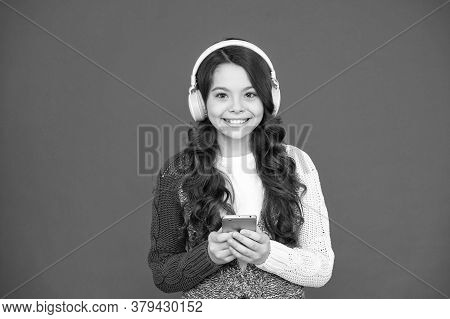 Mobile App. Audio Book. Audio Lessons. Music Player For Smartphone. Modern Gadgets. Girl Listen Musi