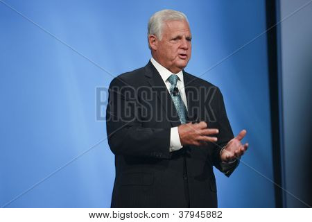 San Francisco, Ca, Oct 2, 2012 - Emc Ceo  Joe Tucci Makes Speech At Oracle Openworld Conference In M