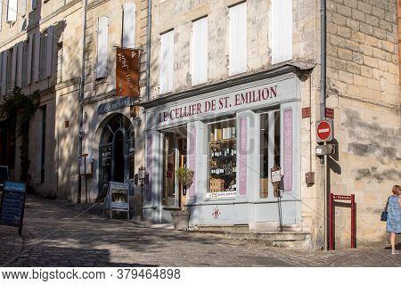 St Emilion, France - September 11, 2018: Old Town Of St Emilion, France. St Emilion Is One Of The Pr