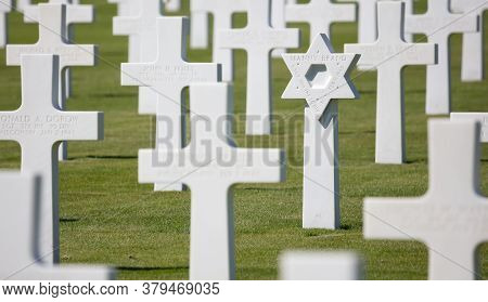 Luxembourg, Luxembourg On July 21, 2020; Jewish Grave In The American Mlitary Cemetary In Luxembourg