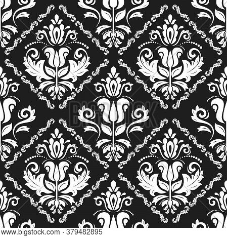 Classic Seamless Vector Pattern. Damask Orient Ornament. Classic Vintage Black And White Background.