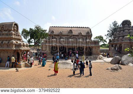 Mahabalipuram On 28 Dec 2019 : Arjuna\'s Penance A Large Rock Relief Carving In Mahabalipuram, India