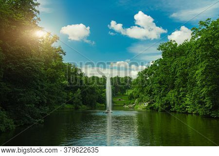 Clear Weather Day Park Landscape Wallpaper Nature Photography Pond Waters And Fountain Nature Scenic
