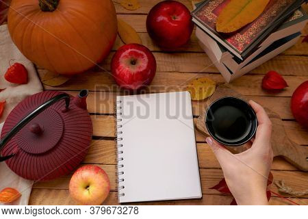 Thanksgiving Day. Autumn Mock Up.autumn Flat Lay. Blank Notebook,cup Of Tea In Hand, Teapot, Apples,