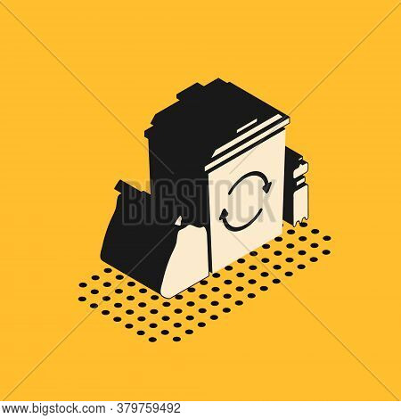 Isometric Recycle Bin With Recycle Symbol Icon Isolated On Yellow Background. Trash Can Icon. Garbag