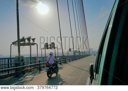 Kolkata, West Bengal, India - 25th July 2020 : Sun Rays In Blue Sky Over 2nd Hoogly Bridge, Connecti