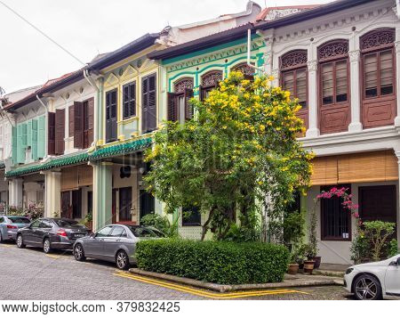 Singapore - January 21, 2016: Many Houses Of Emerald Hill Rd Are Nice Examples Of Chinese Baroque Ar