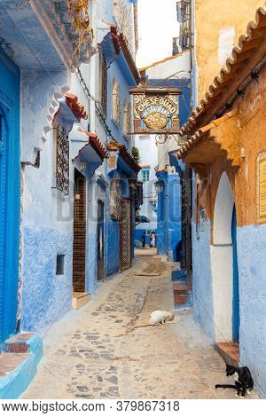 Chefchaouen, Morocco - October 26, 2018: View Of A Picturesque Street Of The Blue City In Chefchaoue