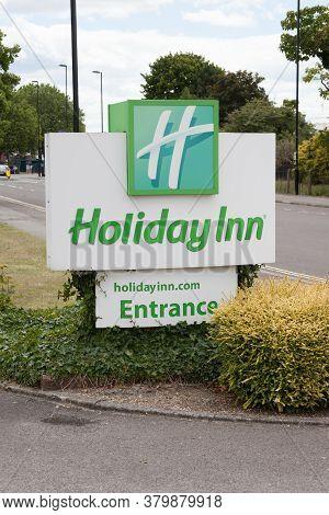 Southampton, Hampshire, Uk 07 10 2020 The Holiday Inn Sign In Southampton In Hampshire, Uk