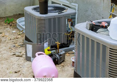 Air Conditioning System Assembled On Performing Preventive Maintenance On A Air Conditioning Condens
