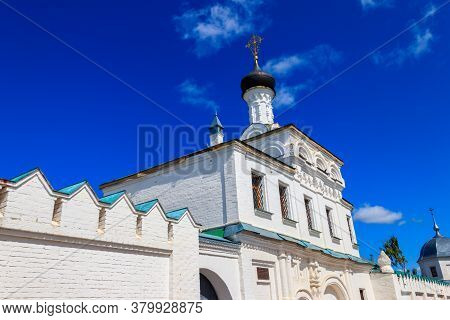 Gate Church Of St. Stephen In Annunciation Monastery In Murom, Russia