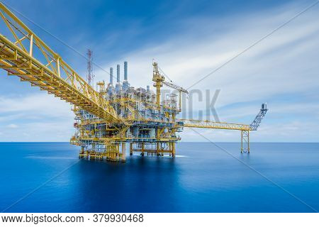 Offshore Oil And Gas Central Facility In The Gulf Where Produce Raw Gas Condensate And Crude Oil And