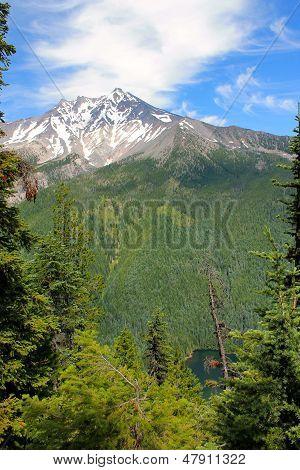 Mt. Jefferson and Lake Pamelia
