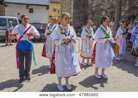 Garganta La Olla, Caceres, Extremadura, Spain, July 1, 2013, Ballet Dancers Las Italianas,
