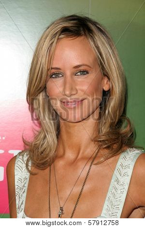 Lady Victoria Hervey  at the T-Mobile G1 Launch Party. Siren Studios, Hollywood, CA. 10-17-08