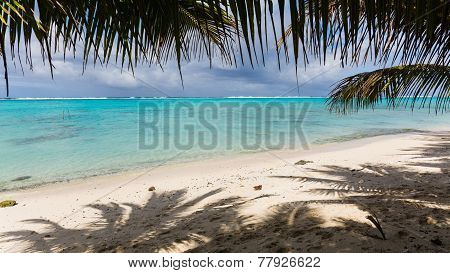 Incredibly blue ocean found in Rarotonga, Cook Islands