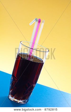 Cocktail Glass With Three Jackstraws