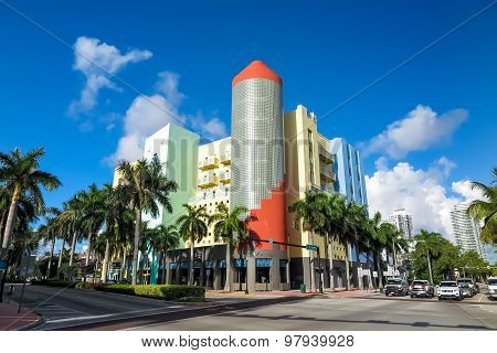 Art Deco Stores On Ocean Drive South Beach, Miami, Florida