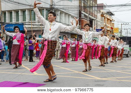NAKHON RATCHASIMA, THAILAND - JULY 31 : Thai candle festival of buddha on July 31, 2015 in Nakhon Ratchasima, thailand