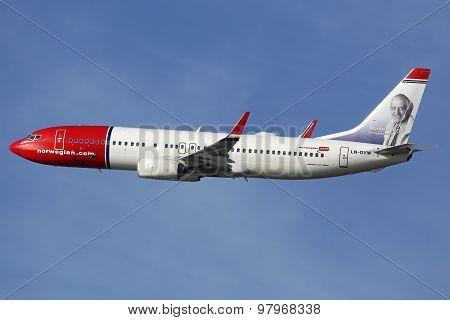 Norwegian Boeing B737-800 Airplane