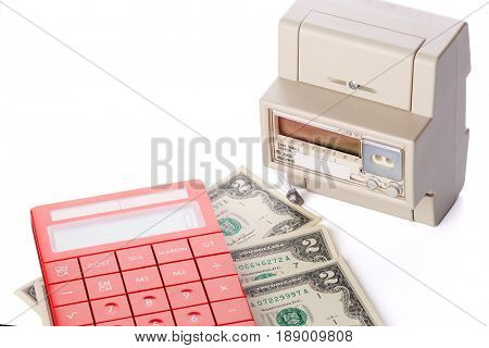 Device for metering of electricity consumption, calculator and money. Payment of electricity.