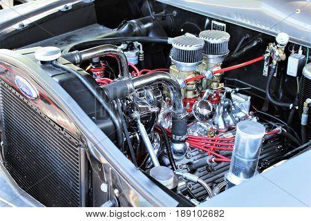 An image of a vintage v8 engine - Kaunitz/Germany - 2017 May 27.