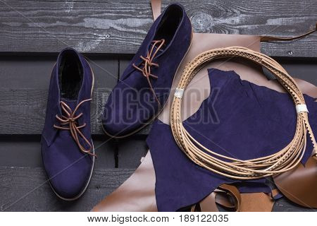 Warm stylish women's shoes  at low speed
