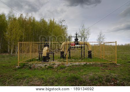 Yellow small gas distribution and regulating natural gas supply station