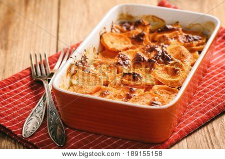 Vegetarian food - sweet potato casserole .