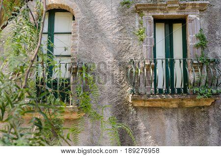 Ancient Sicilian Houses