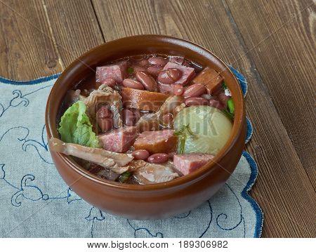 Crock Pot Ham and Bean Soup. cose up