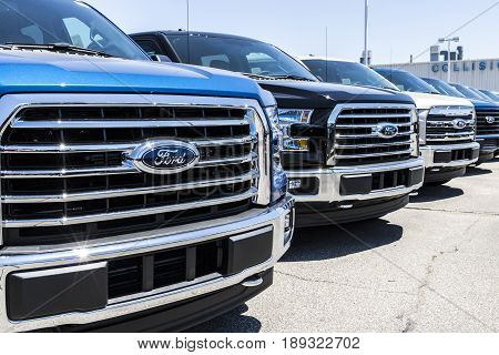 Lafayette - Circa June 2017: A Local Ford Car and Truck Dealership. Ford sells products under the Lincoln and Motorcraft brands XI