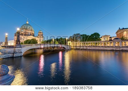 The Berlin Cathedral and the Museum Island at dusk