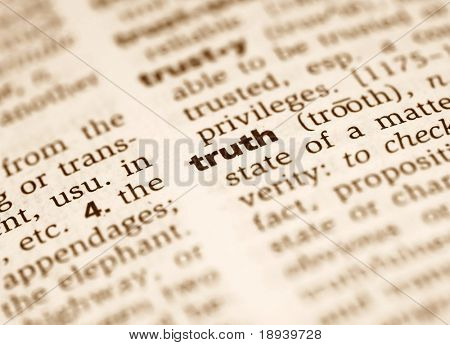 Macro of the word truth from the dictionary