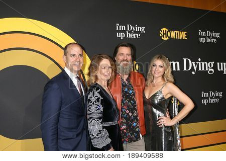 LOS ANGELES - MAY 31:  David Nevins, Melissa Leo, Jim Carrey, Ari Graynor at the Showtime's