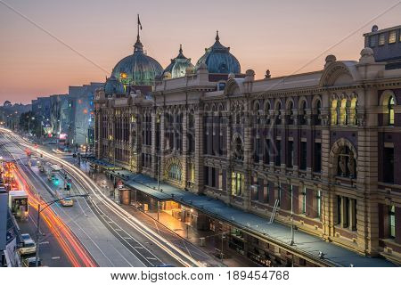 Melbourne, AUSTRALIA - OCTOBER 22 2015: Flinders street station the iconic landmark of Melbourne in the morning time, Australia.