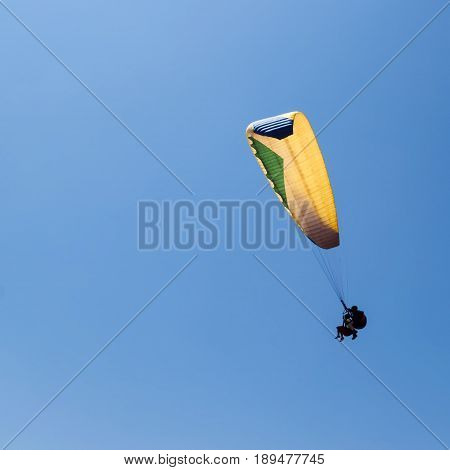Paragliding in Israel two persons in the sky