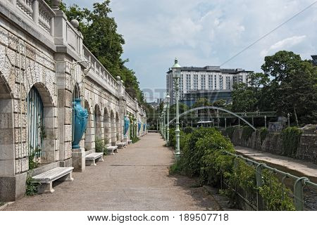 VIENNA, AUSTRIA-MAY 31, 2017: Footpath on the Vienna River in the vienna city park