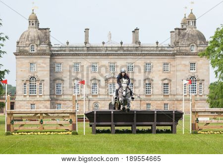 Houghton International Horse Trials Helen Shaw Riding Glenmiskan Ii