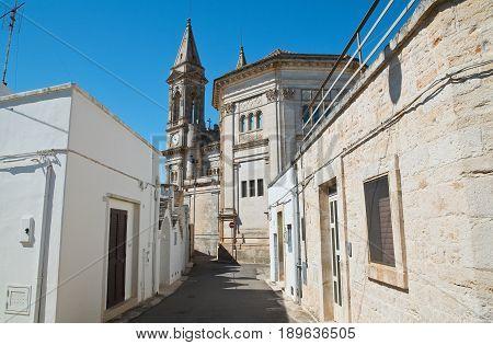 Characteristic alleyway of Alberobello. Puglia. Southern Italy.