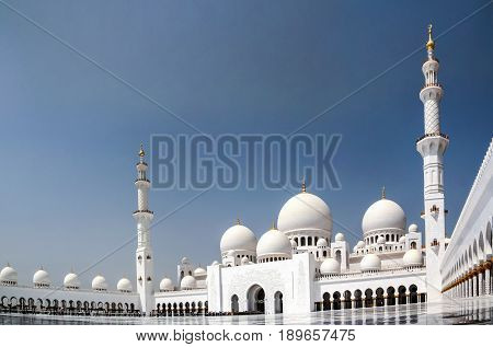 Exterior view to Sheikh Zayed Mosque in Abu-Dhabi, UAE