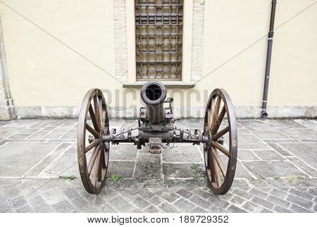 Old Cannon Ground War