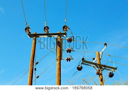 In Oman  Cable Wood Pylon Energy