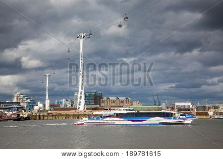 LONDON/UK - MAY 20 : Emirates Air Line cable car in North Greenwich