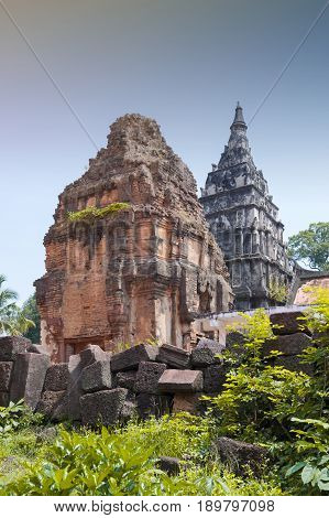 Ku Phra Kona, Group Of Khmer Prangs Or Pagodas Built In The 11Th Century With Baphuon Architectural
